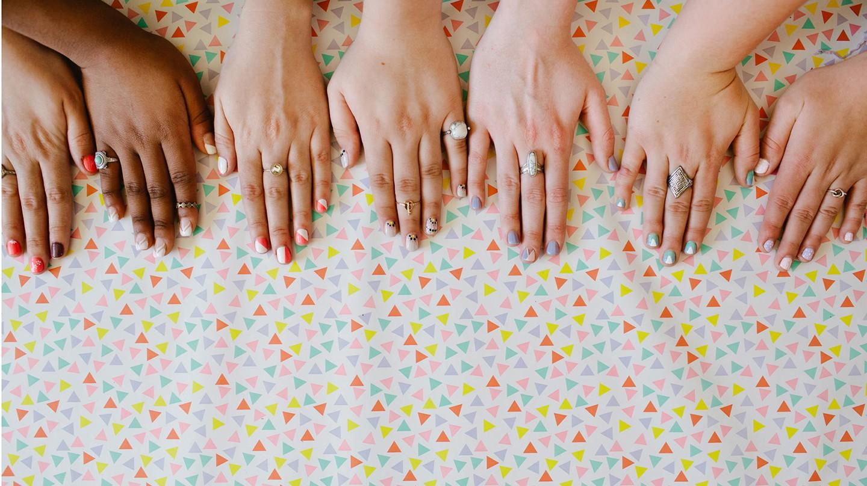 Gepflegete Fingernägel sind Aushängeschilder und prägen den ersten Eindruck eines Menschen.